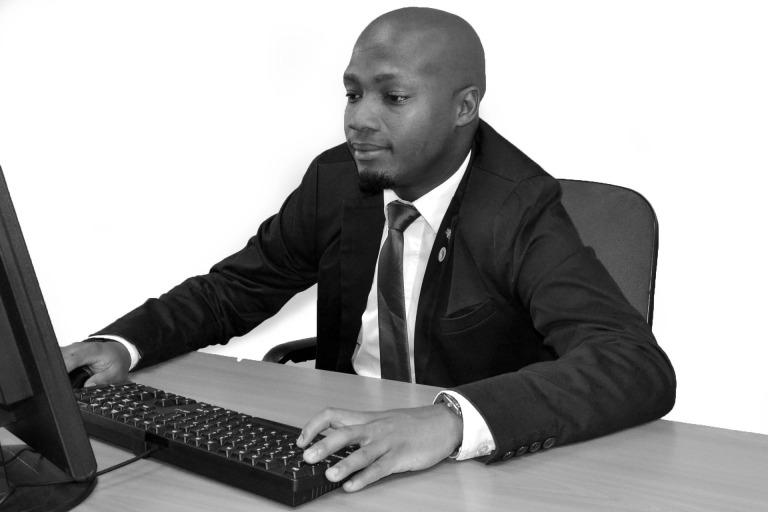 african-business-668397_1920.jpg